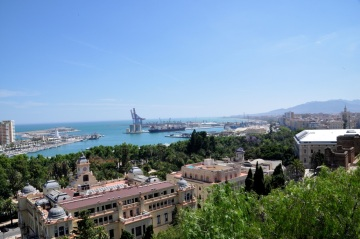 Malaga overview (from the Alcazaba)