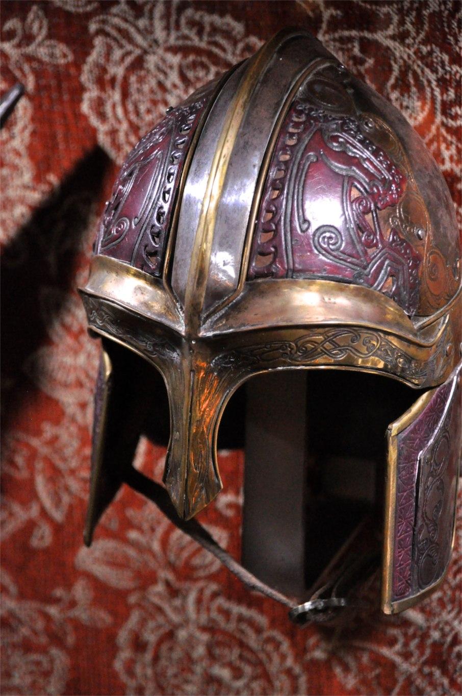LOTR - HL Rings, Hobbit-scale Rohan Helmet