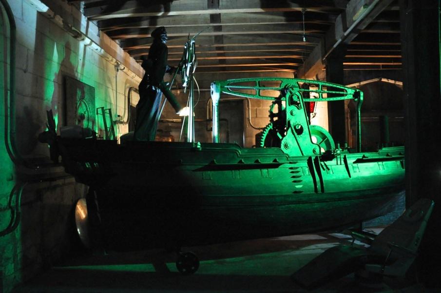 Ram Boat side