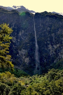 The waterfall, frontal view