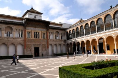 Patio de la Monteria, Admiral's Apts (1500's) and Pedro the Cruel Palace (1300's)