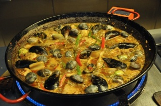Add the mussels and clams after 5 minutes