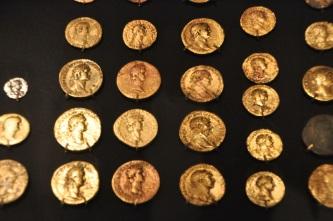 Roman (gold) coins