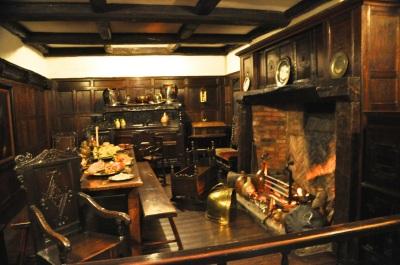 17th century dining room