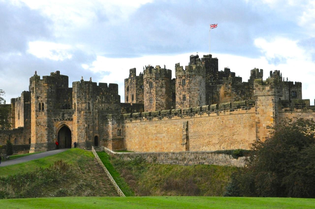 Alnwick Castle 171 Trekin Time