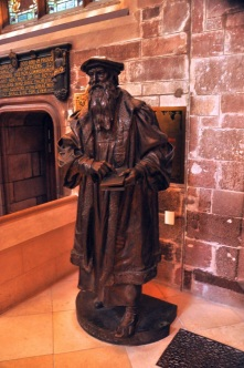 Statue of John Knox in St Giles Cathedral