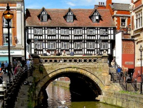 Shops on the High Bridge, including Stokes High Bridge Cafe, built in 1540