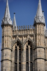 Detail of the large towers flanking the nave