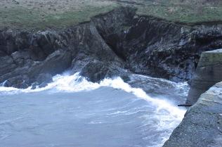 Incoming waves at the Porthgain harbor