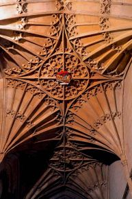 Fan vaulting in the Holy Trinity Chapel