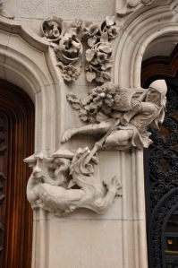 St. George fighting a dragon, decoration on the Casa Amatller