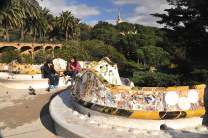 Gaudí's colorful and sinuous terrace bench