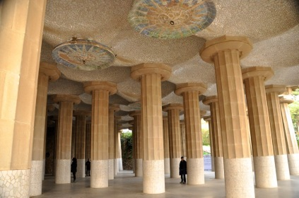 The Hall of 100 Columns