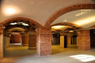 Hub connecting underground passageways