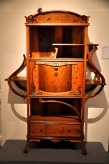 Oak display cabinet by Busquests, about 1905